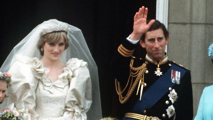 This strange detail in all of Prince Charles and Princess Diana's photos is blowing our minds