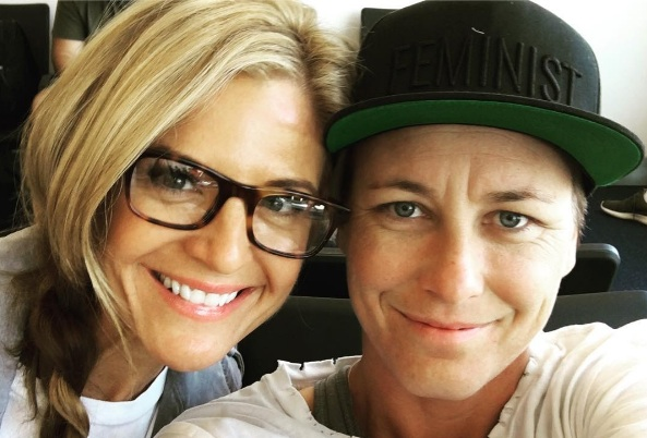 Soccer star Abby Wambach just married Glennon Doyle Melton, and the photos are gorgeous