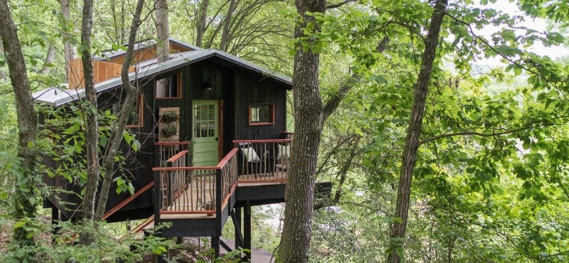Dove built a treehouse that is also a spa in the Tennessee woods, and you have to see it