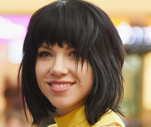 Carly Rae Jepsen Threatened To Move To Italy And Fans Absolutely Lost All Chill Hellogiggles