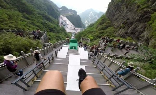 A new POV video of the biggest parkour course in the world ...