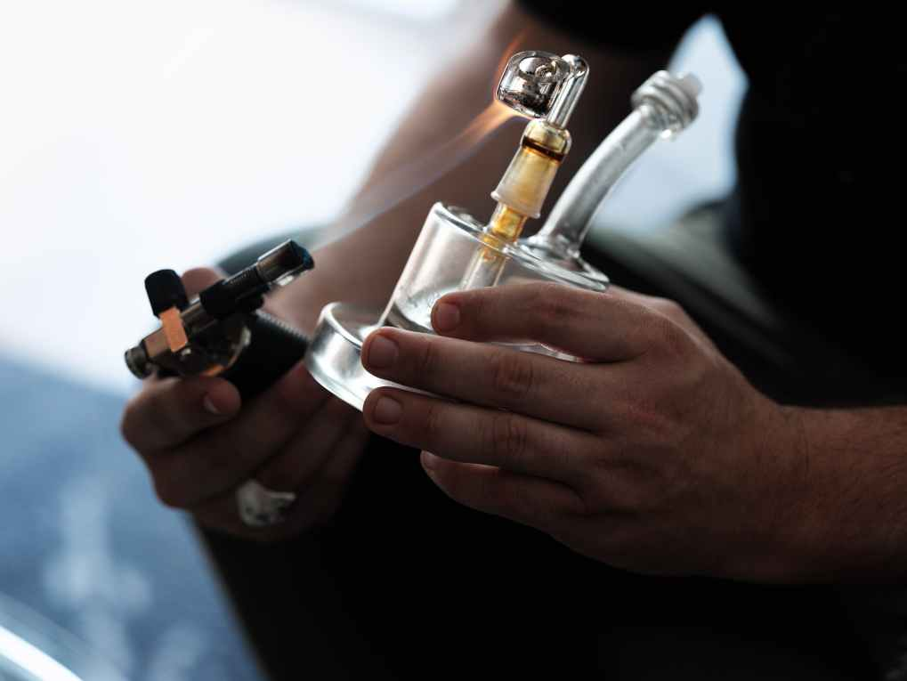 How To Dab Cannabis Concentrates 7 of 8 What is Dabbing, and How To Dab Cannabis Concentrates
