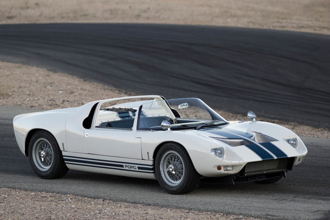 1965 Ford GT40 Roadster Prototype In Detail  Video
