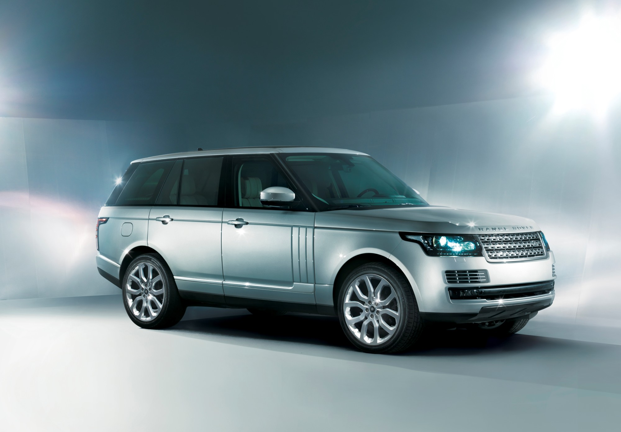 Did Land Rover Get The 2013 Range Rover s Design Right YouTellUs