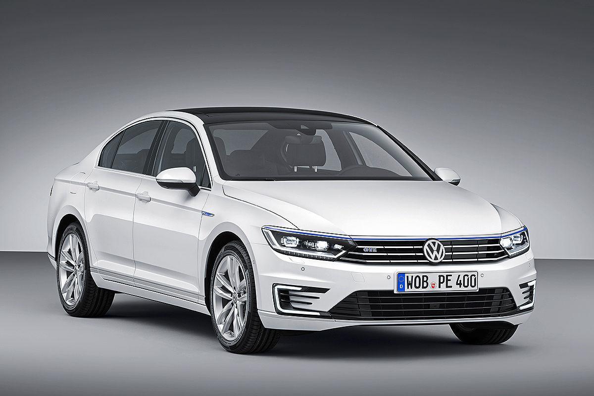 Plug In Hybrid Volkswagen Passat GTE Revealed Ahead Of
