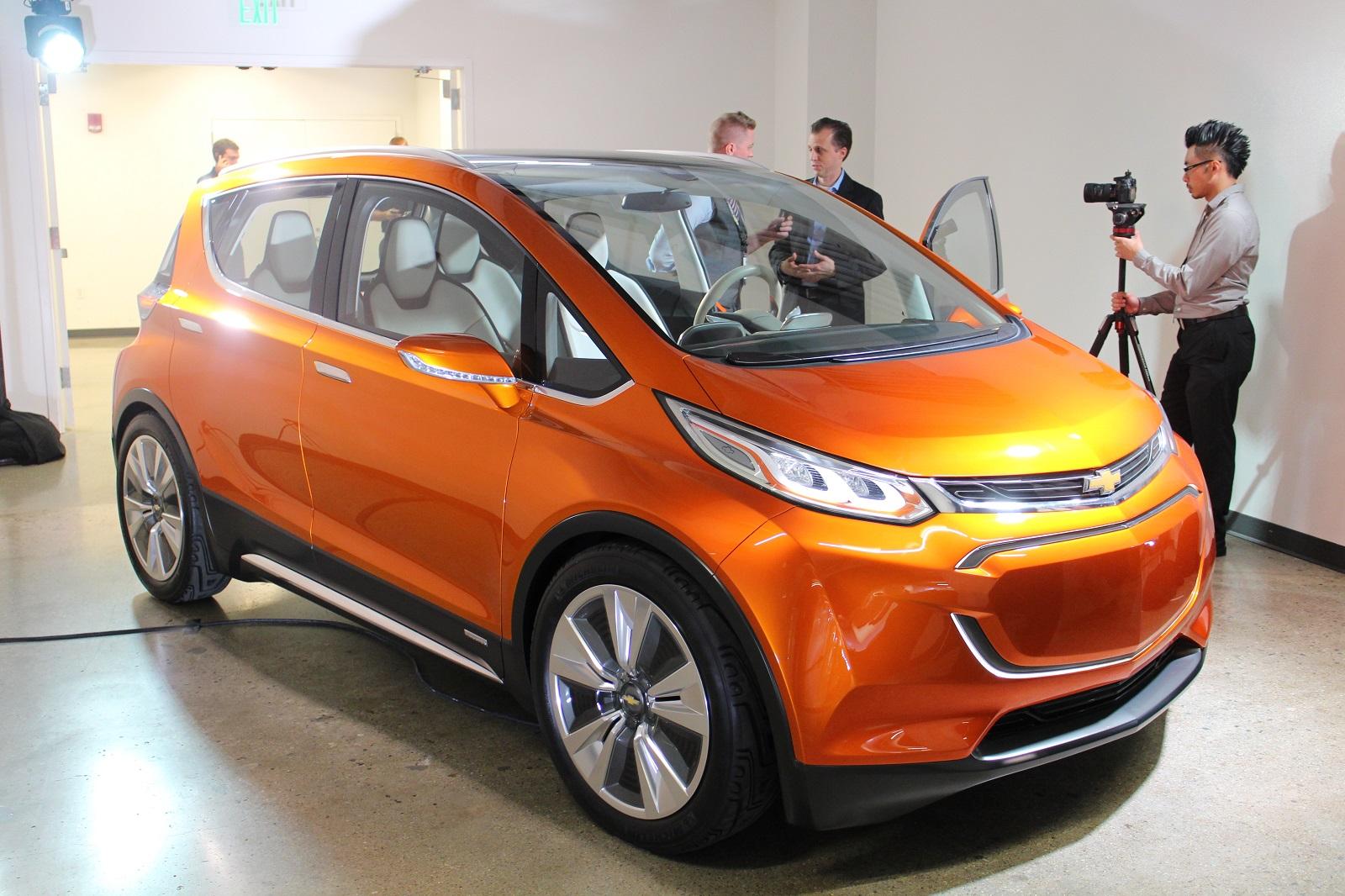 2017 Chevy Bolt EV Development GM LG Chem Reveal Deep