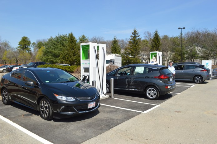 google maps adds electric-car charging locations