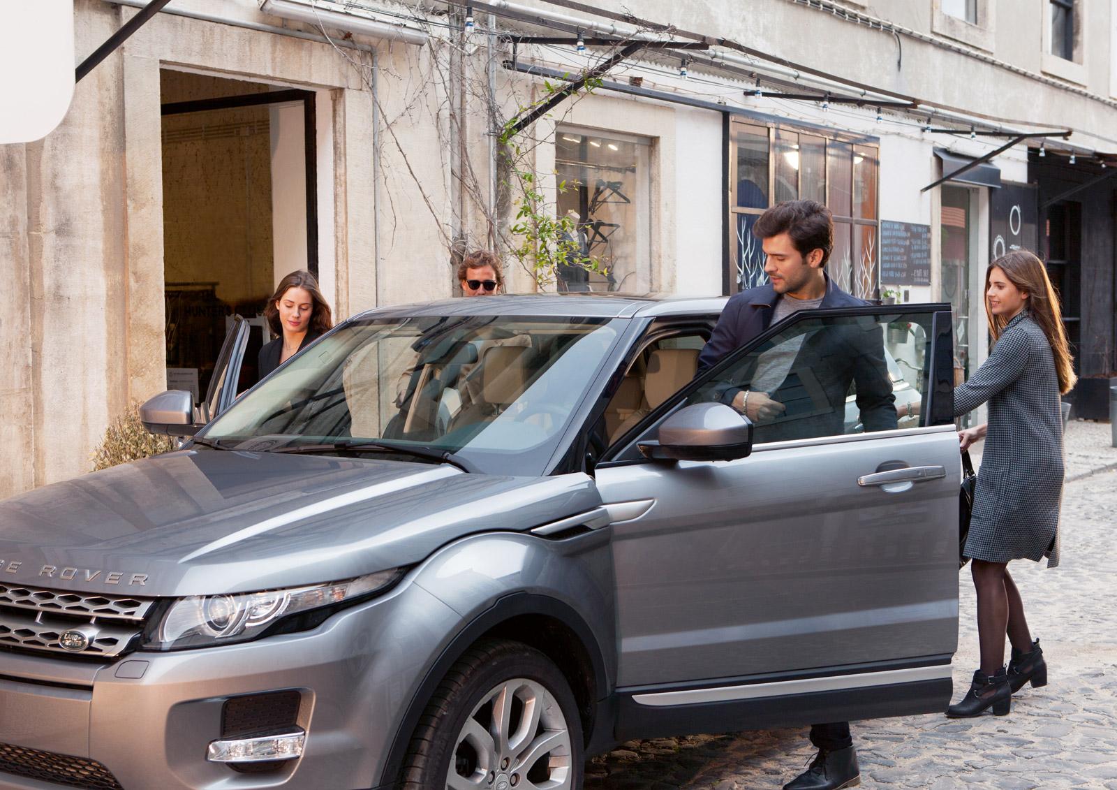 2015 Range Rover Evoque Gets Autobiography Trim And