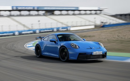 2022. Porsche 911 GT3 tested at 186 miles at more than 3,000 miles