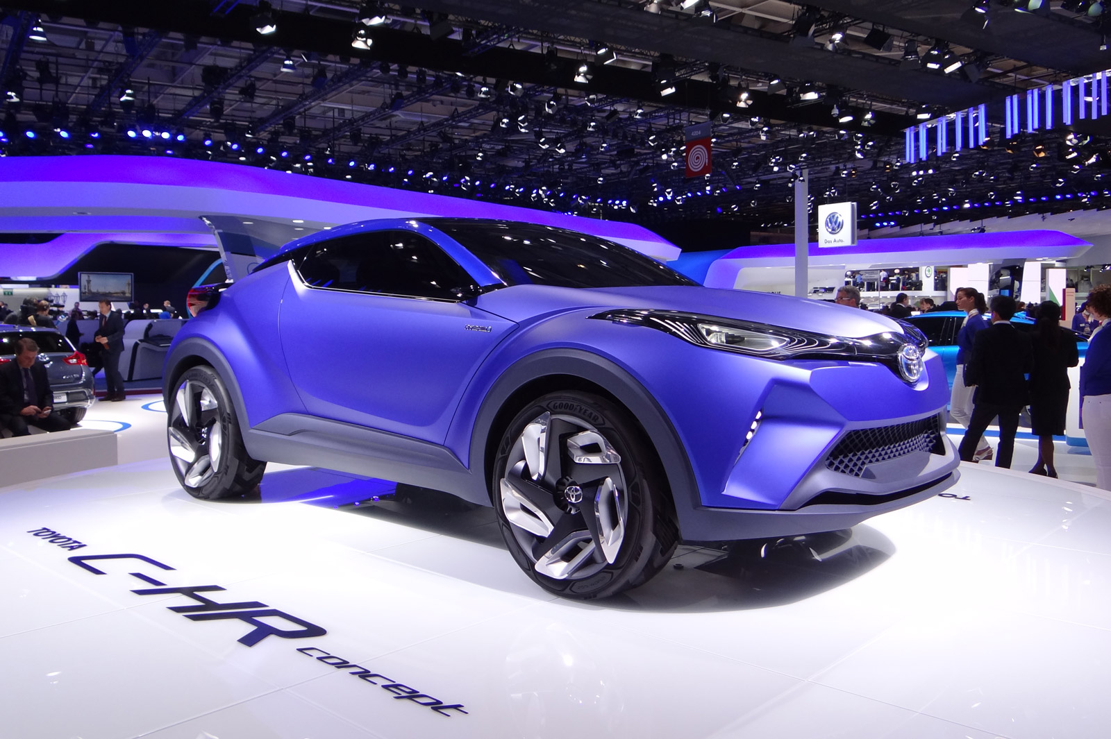 Toyota To Launch Subcompact Utility Vehicle As Nissan Juke
