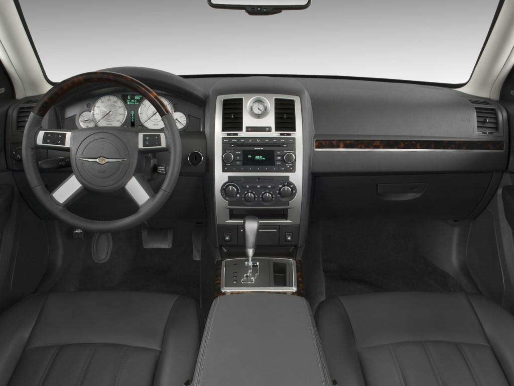 Image 2008 Chrysler 300 Series 4 Door Sedan 300C AWD