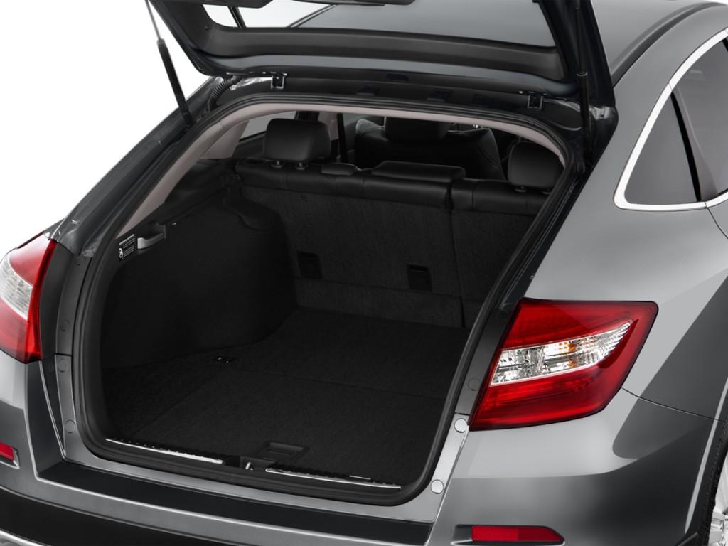Image 2015 Honda Crosstour 4WD V6 5dr EX L Trunk Size
