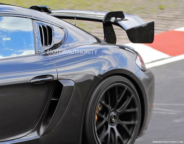 2022 Porsche 718 Cayman GT4 RS spy shots - Photo credit: S. Baldauf/SB-Medien