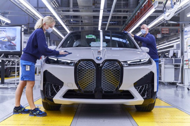 BMW iX production - Dingolfing