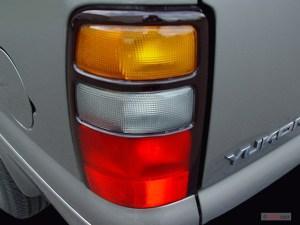Image: 2005 GMC Yukon XL Denali 4door 1500 AWD Tail Light