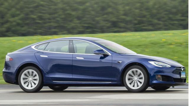 2017 Tesla Model S testing at Consumer Reports