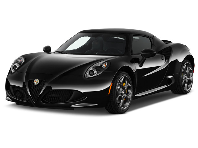 2018 Alfa Romeo 4C Coupe Coupe Angular Front Exterior View