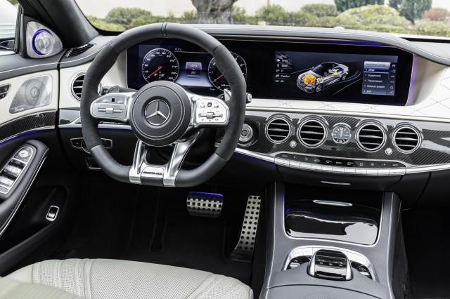 2018 Mercedes-AMG S63