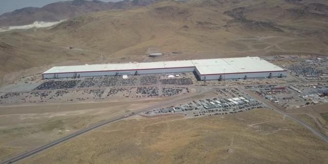 Tesla Gigafactory in Sparks, Nevada [CREDIT - YouTube user California Phantom]
