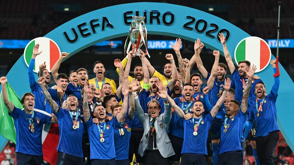 Euro 2020 final: Italy beat England 3-2 on penalties in final to win their  2nd European Championship title   Football News - Hindustan Times