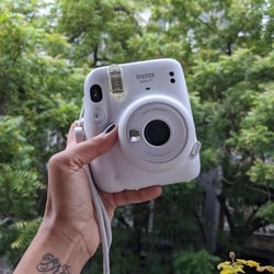 There is no longer any limit to how many photos your smartphone camera will allow you to take, but when you take these new memories and try to give them instant physical form - at a time, 10 is the limit. At least for the Instax Mini 11.