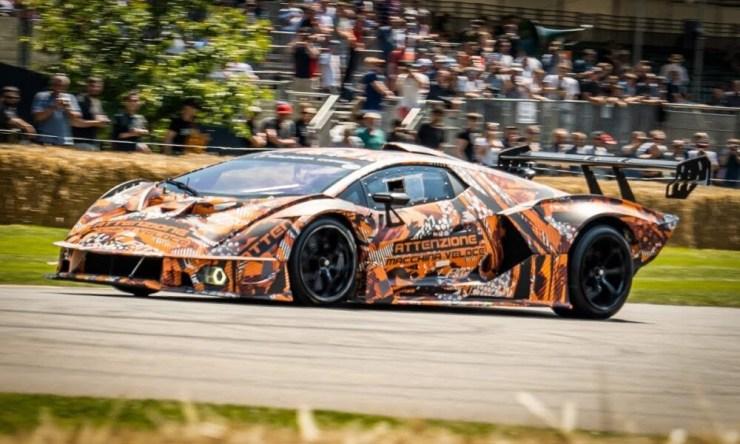 Lamborghini-Essenza-SCV12-Godowood
