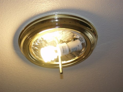 How to Replace a Ceiling Light   Homeclick Uncovered ceiling light fixture