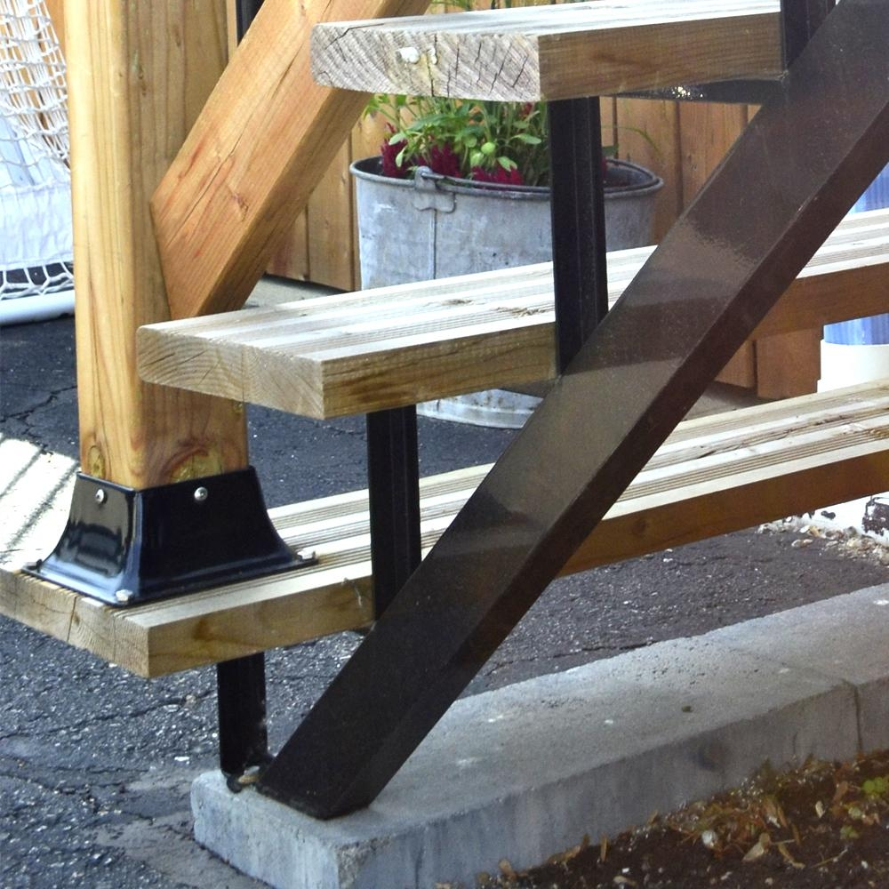 Pylex 3 Steps Steel Stair Stringer Black 7 1 2 In X 10 1 4 In   Steel Steps For Stairs   Chequer Plate   Fabricated   Wire Mesh   Prefabricated   Corrugated Metal