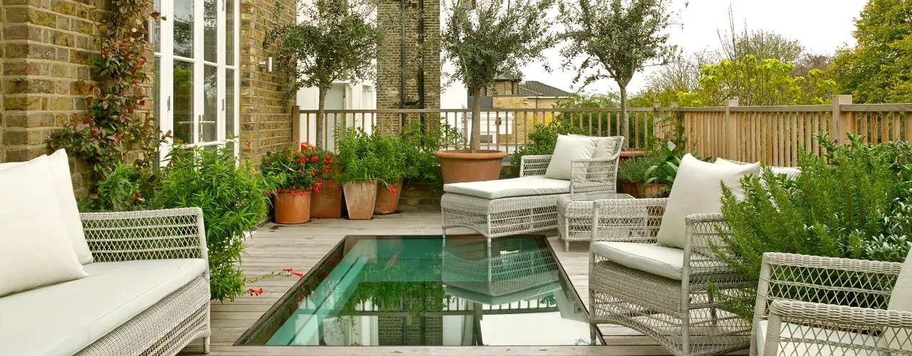 Non è importante avere tanto spazio a disposizione, come vedremo in questo articolo, anche i piccoli balconi possono essere decorati con le luci posizionate nel modo corretto. 6 Grandi Idee Per Ottimizzare Lo Spazio In Un Piccolo Cortile Homify