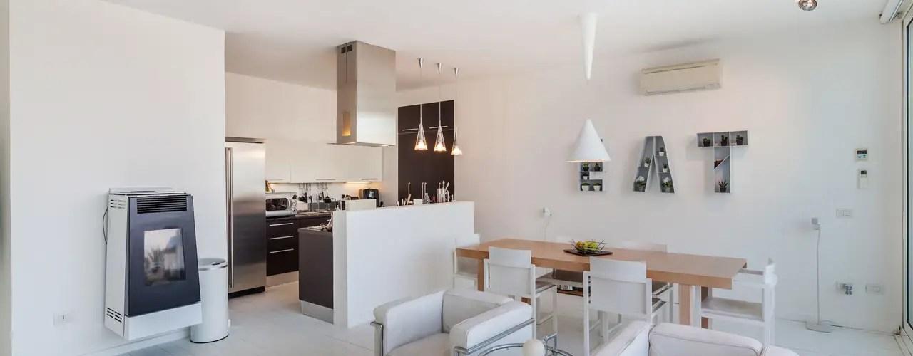 Senza ombra di dubbio, le soluzioni più comuni sono quelle in cui cucina e soggiorno si trovano in un ambiente unico, piccolo o grande che sia. Idee Per Separare Cucina E Soggiorno 2021 Fundomega1 Com