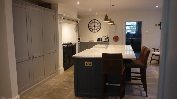 Umbrian Limestone Pantry Blue And Damask Devol Kitchen Floors Of Stone Ltd Eclectic Style Kitchen Homify