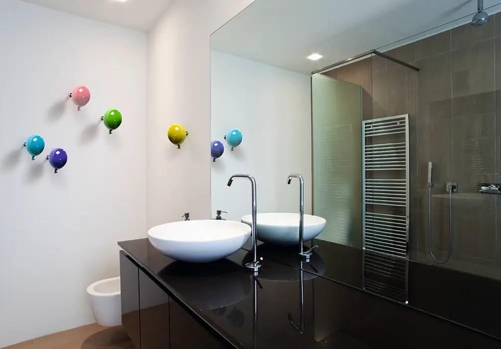Il nostro catalogo è ricco di spunti e idee originali che vedono protagonisti i complementi d'arredo di design uno. Creativando Srl Vendita On Line Oggetti Design E Complementi D Arredo Modern Bathroom Ceramic Homify