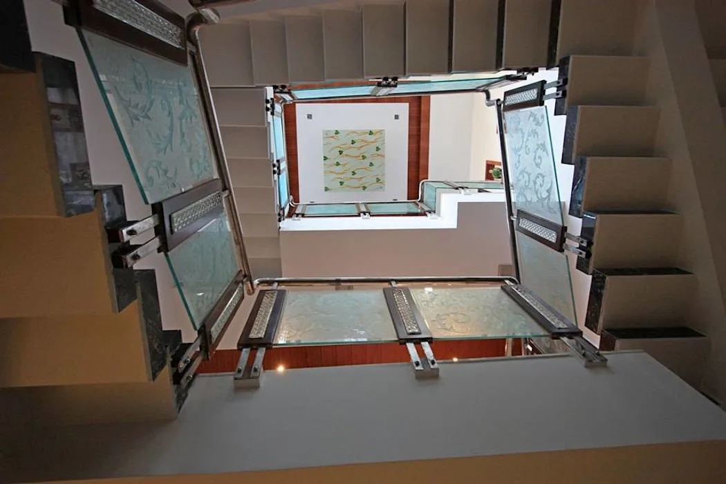 False Ceiling Modern Corridor Hallway Stairs By Ansari   False Ceiling On Stairs   Angled   Low Budget   Tv Lounge Ceiling   Residential   Simple