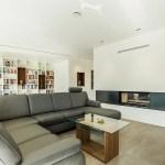 Offener Wohn Und Essbereich Mit Kaminblock Als Raumteiler Moderne Wohnzimmer Von Wsm Architekten Modern Homify