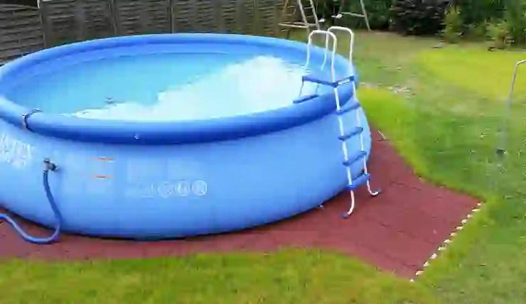 35+ Innovatives kleines Schwimmbad