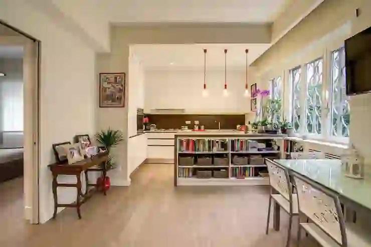 Le pareti vetrate sono la soluzione ideale per dividere gli ambienti e organizzare gli spazi in modo nuovo e elegante, ad esempio per creare una cucina a vista sul soggiorno senza che odori fastidiosi invadano il resto della casa.dividere soggiorno e cucina con le pareti in vetro ti permette di separare i due ambienti senza rinunciare a spazio, luminosità ed estetica. 6 Bellissime Idee Per Dividere La Cucina Dal Soggiorno Homify