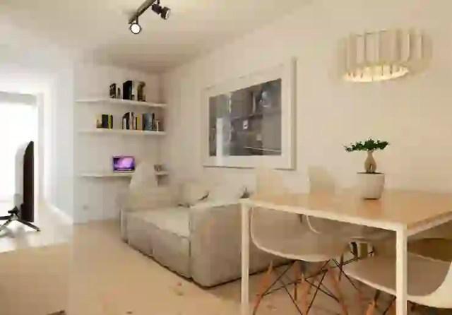 Ruang Keluarga oleh José Tiago Rosa