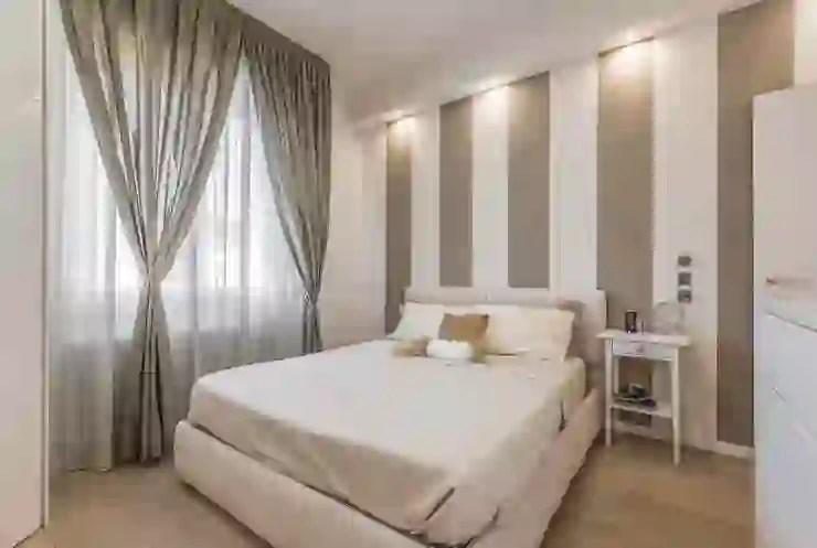 """Se vuoi una camera da letto """"calda"""", non pensare solo ai colori, ma anche e soprattutto alle textures.tessuti, venature, trame, carte e decorazioni sono elementi che contribuiscono a creare una camera ricca, quindi signorile. Immagini Camere Da Letto Particolari"""