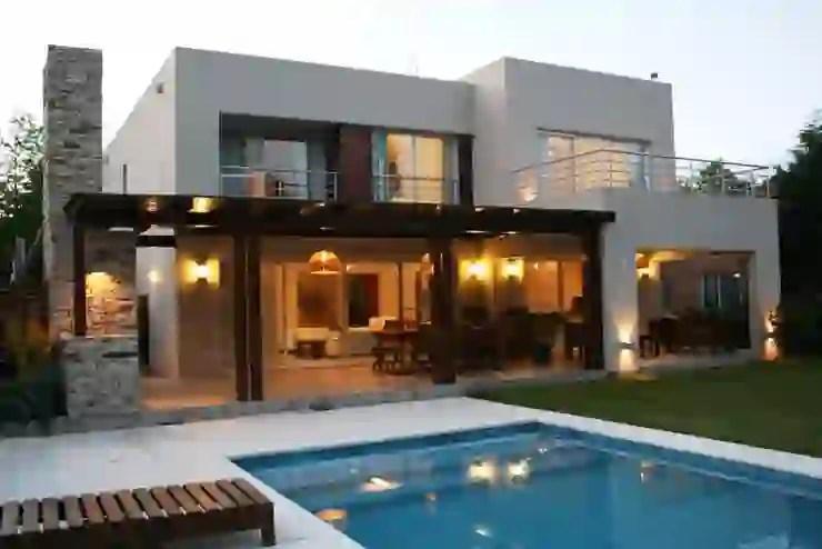 Oggigiorno 60 mq sono infatti la metratura più frequente nelle case moderne perfetti per un single o una giovane coppia. Questa Villa A Due Piani Vi Lascera Senza Fiato Homify
