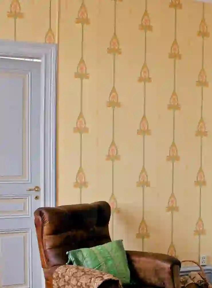 Lampade da soffitto lampadario in gabbia stile art déco elmont w3 cromato lampadario a. Carta Da Parati Art Nouveau Homify