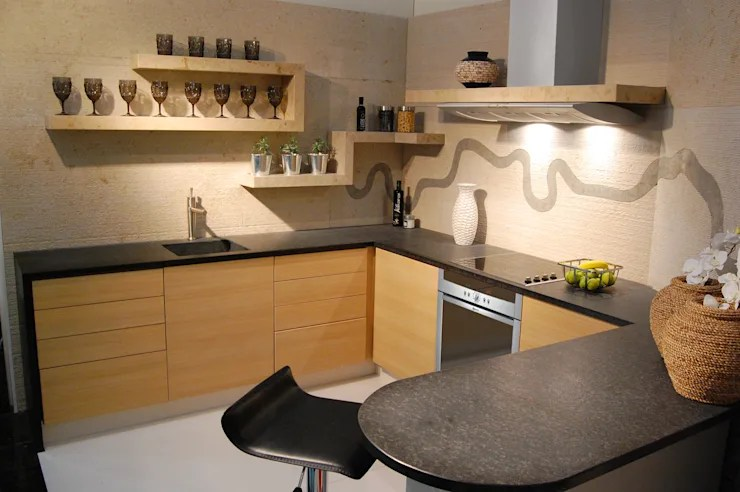 Make Your Kitchen Stand Out With These Great Wall Tips