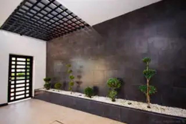 Garagens e edículas modernas por Cenit Arquitectos