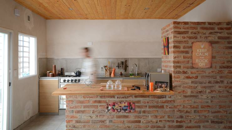 modern Kitchen by ggap.arquitectura