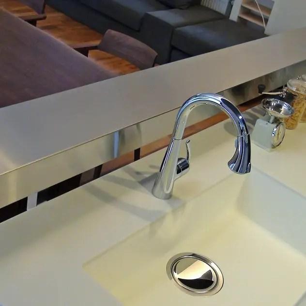 kitchen: k-design(カワジリデザイン)が手掛けたキッチンです。