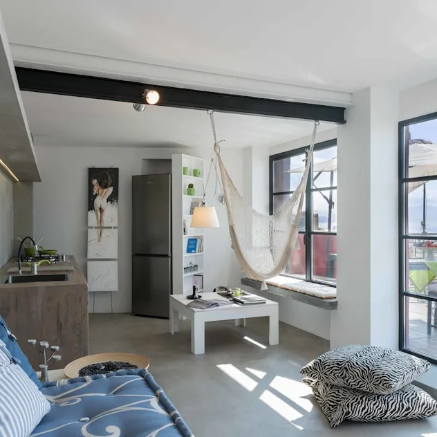 industrial Houses by architetto Lorella Casola