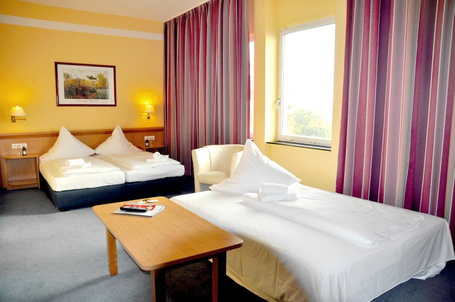 HOTEL DE FRANCE GMBH in 13349 Berlin Wedding  Germany Hotel de France GmbH   Room