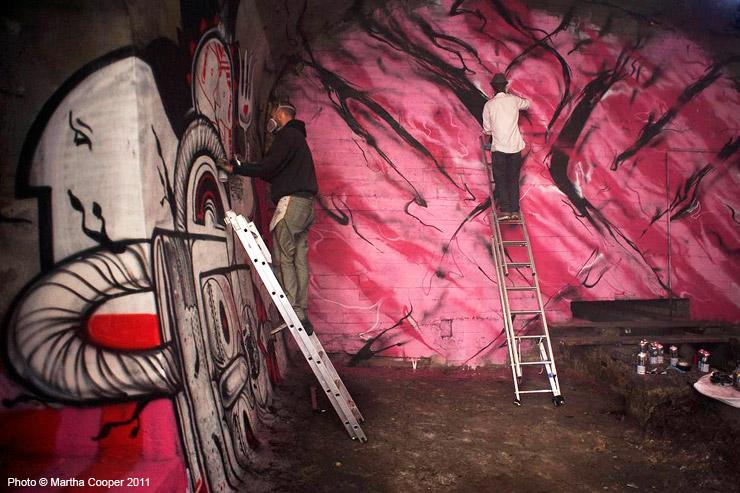 2011-11-20-brooklynstreetartWEBCCmarthacooperhownosmsheoneparisunderbelly1111.jpg