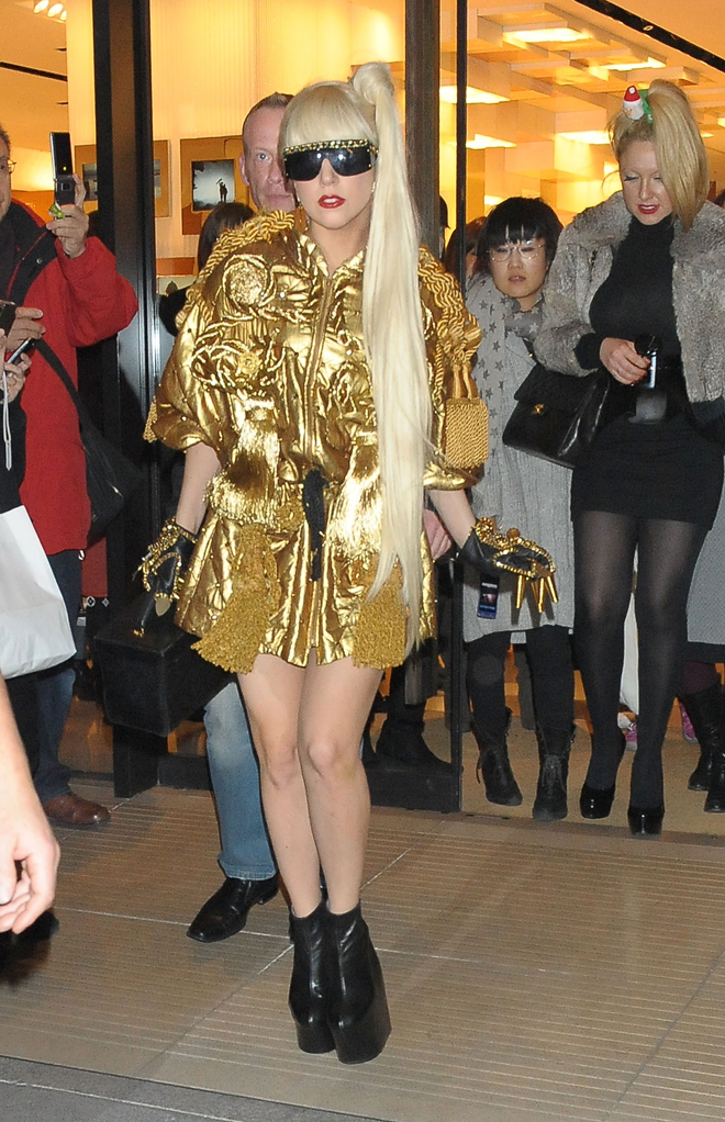 Lady Gagas Style Controversy Tiffany Teams With The