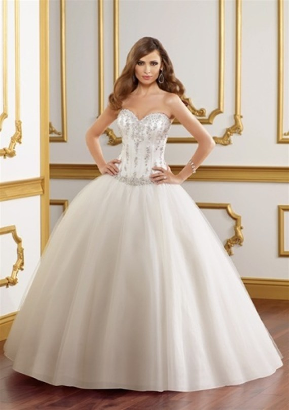 Wedding Dress For Under $1,000
