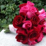 A Basic Rose Diy Wedding Bouquet Huffpost Life